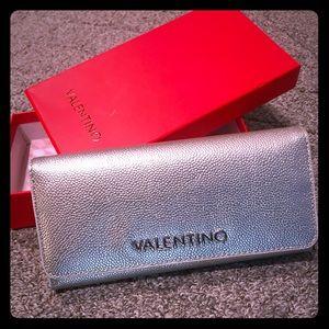 Gorgeous, Stunning Silver Valentino Wallet!